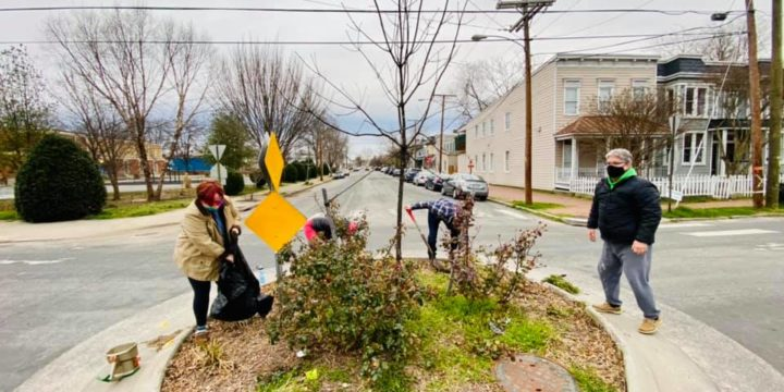 Roundabout Clean-up in Church Hill